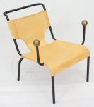 """Cadeira """"Lina Bo Bardi"""" de ferro , couro e bola em latão . Fabricação Etel. Medidas 76 x 72 x 90 cm."""